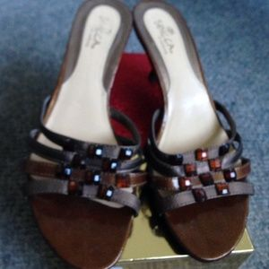 Brown with jewels sandals