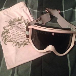 f6745c69d13e Juicy Couture Accessories - Juicy couture pink snow goggles!