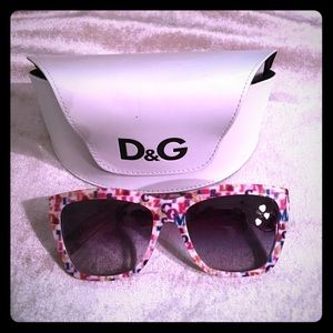 ✨LIMITED EDITION ✨D & G Sunglasses