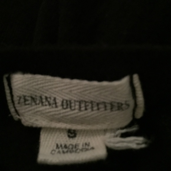 Zenana Outfitters - Zenana outfitters top short sleeve Blk from Davidu0026#39;s closet on Poshmark