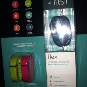 Accessories - Fit bit flex size small