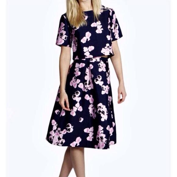 37 boohoo dresses skirts crop top and midi skirt