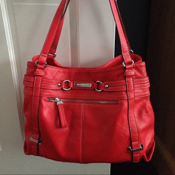 ellen tracy handbags