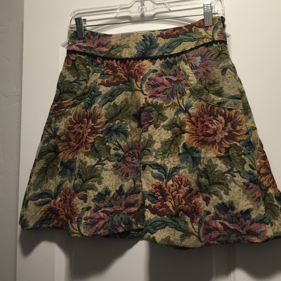 bde699488 Free People Dresses & Skirts - Free people tapestry floral skirt size 4