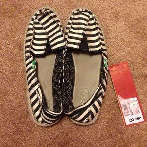 Sanuk Womens Shoes