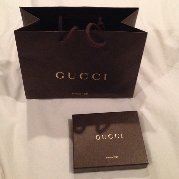 1e9aecaf56767d Gucci Other | Small Gift Box With Gift Bag | Poshmark