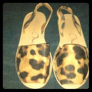 Cheetah print open toe/ sling back sandals