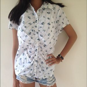 anchor blue Tops - Spring blossom short sleeve button down