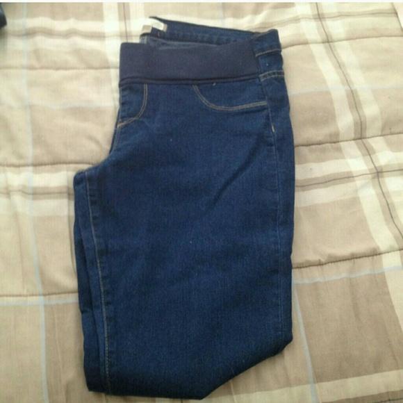 4ebefba419c New Forever 21 Maternity Skinny Jeans  31