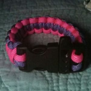 Jewelry - Pink and purple paracord bracelet with clip