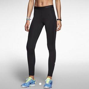 NWT Nike Pro Hyperwarm Tights