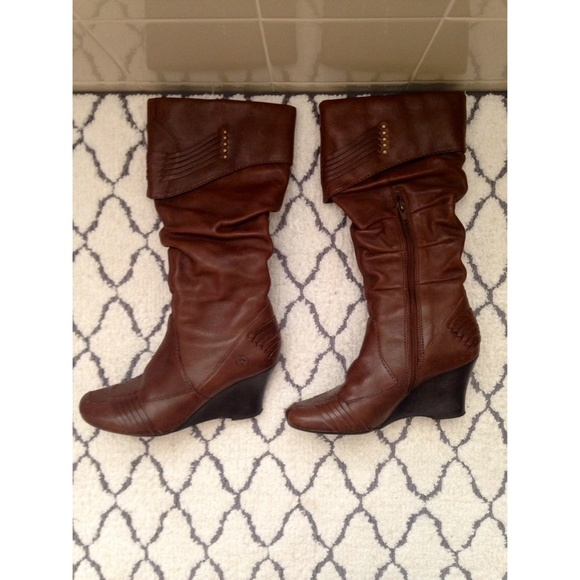 78 bronx boots in great condition brown wedge