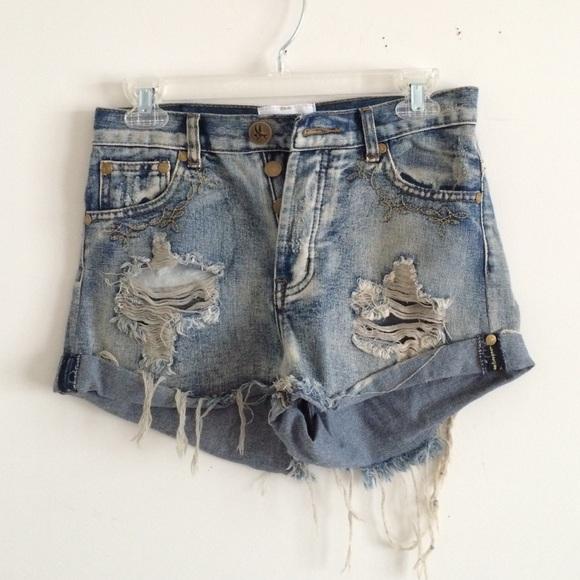 One teaspoon size 25 denim distressed shorts