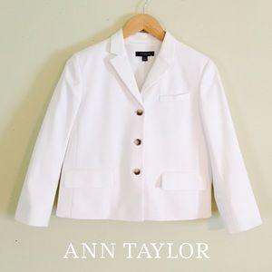 NEW Ann Taylor White Button Blazer Jacket Size 6