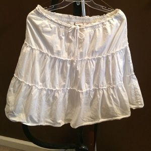 White knee length summer skirt soft and comfy