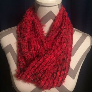 Accessories - Red and black knit infinity scarf