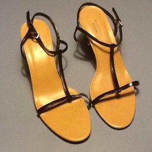 Slimply Vera Vera Wang heels