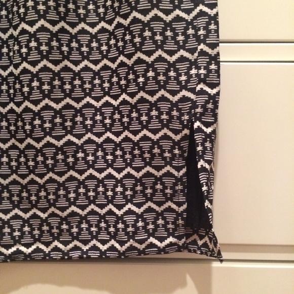 LOFT Skirts - FINAL MARKDOWN: Black and White Print Skirt