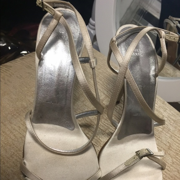 77 vera wang shoes white vera wang heels from