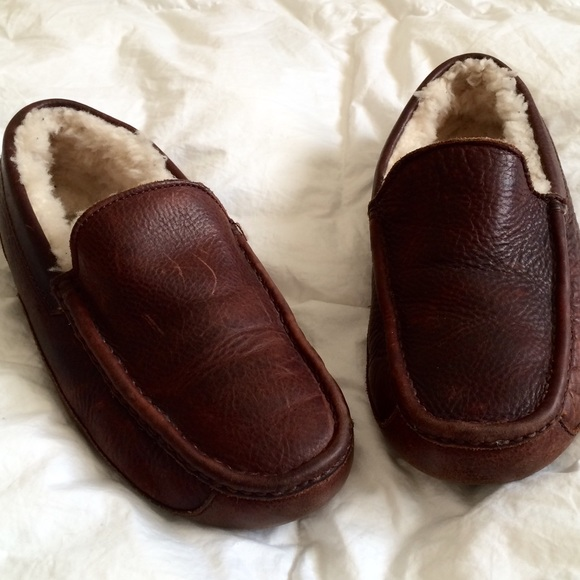 how to clean inside smelly sheepskin slippers