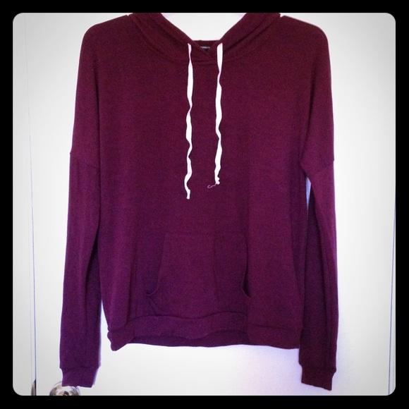 Brandy Melville Sweaters - Brandy Melville Maroon Burgrundy Hoodie