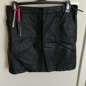 Dresses & Skirts - I heart Ronson faux leather skirt.