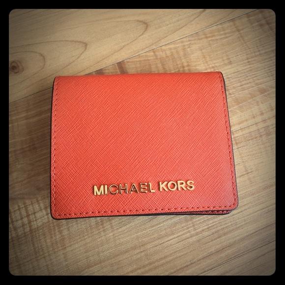 835565c1d0df8 Michael Kors Jet Set Travel Card Holder Wallet