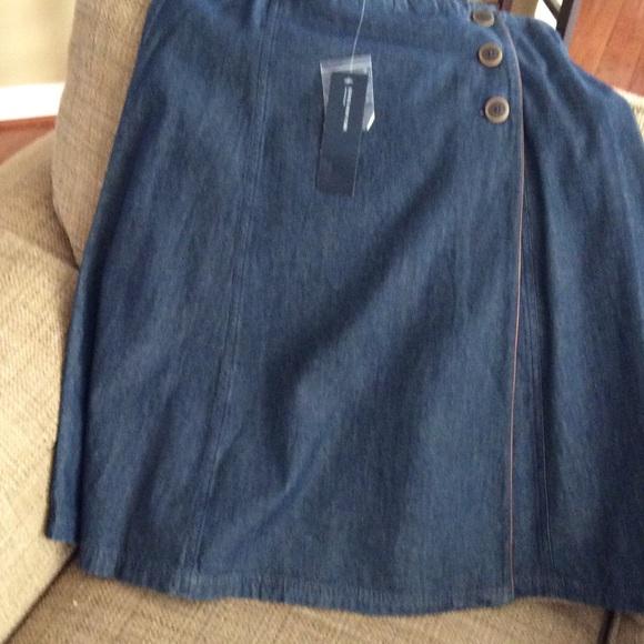 jones new york denim skirt with leather trim from