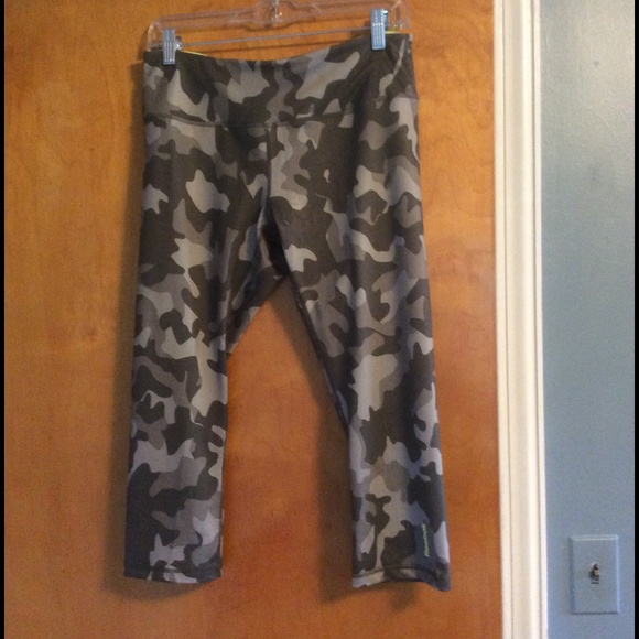 buy best order online fashion styles Reebok Camo Workout Capris Tights