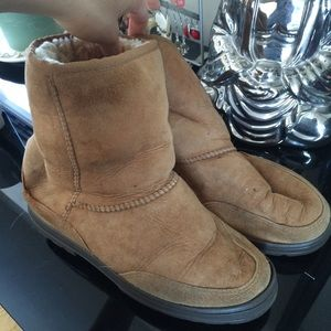 UGG Shoes - Donated to a local charity❤️