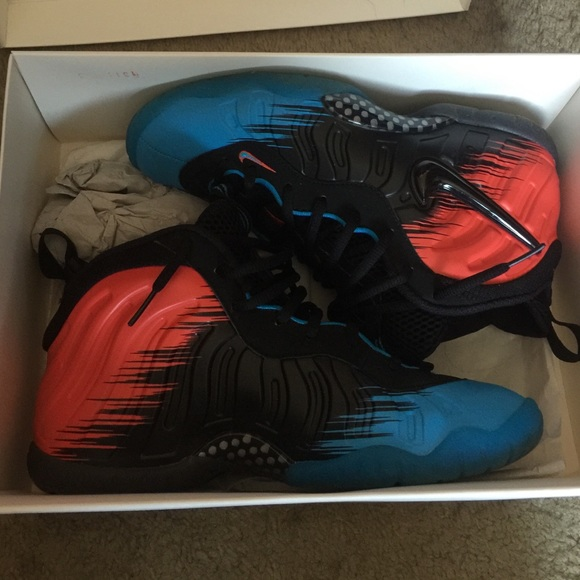 4a7bf545062 Nike Shoes - (GS) Nike Spider-Man Foamposites sz 6.5y