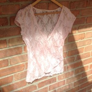 ✨Light Pink Lace Top✨