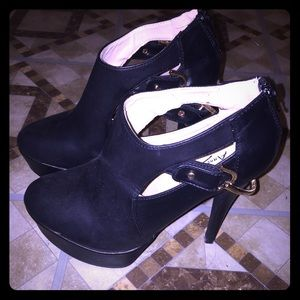 Black leather bootie (never worn)