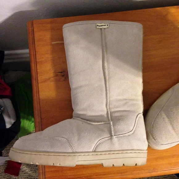 bearpaw paw size 12 s boots and warm