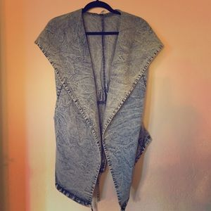 Cemi Ceri Other - NWOT Acid wash vest with hoodie