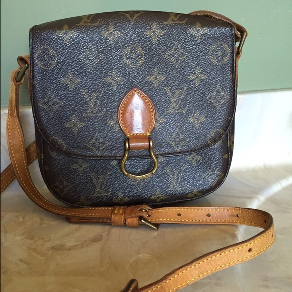191e5b1a85aa Louis Vuitton Bags - Louis Vuitton Saint Cloud MM Crossbody. Louis Vuitton  Handbags - Louis Vuitton Saint Cloud MM Crossbody