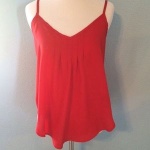 Zinga Tops - ✨Host Pick✨ Little Red Top