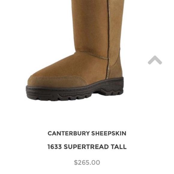37088192e56 SOLD! Canterbury sheepskin boots