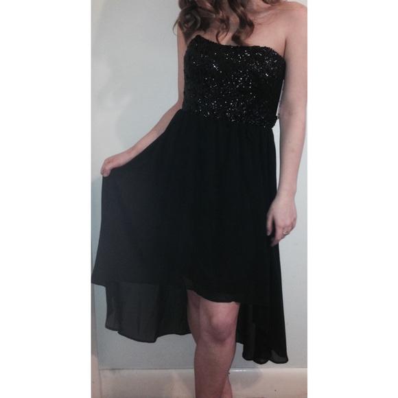 079b41ded0d NWT Dillard s prom dress
