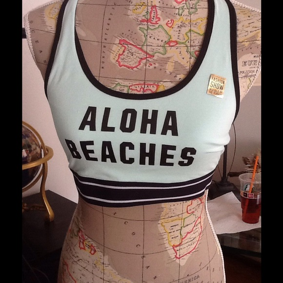 234379702c04f BNWT VS PINK ALOHA BEACHES sports bra top