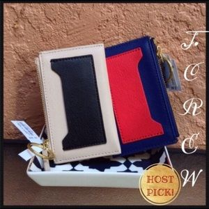 HOST PICK✅%Authentic J.Crew Mini Lthr Wallet