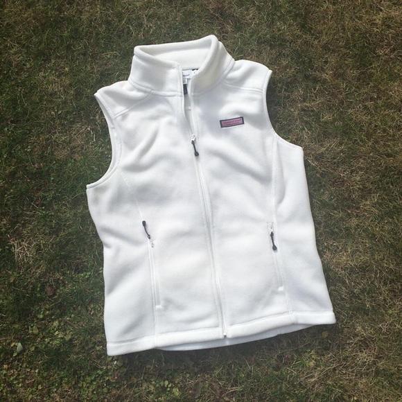 Vineyard Vines Jackets & Coats - 🚫SOLD Vineyard Vines Westerly Vest Fleece White