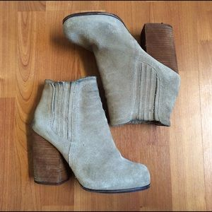 ON HOLD JC taupe suede hanger ankle boots