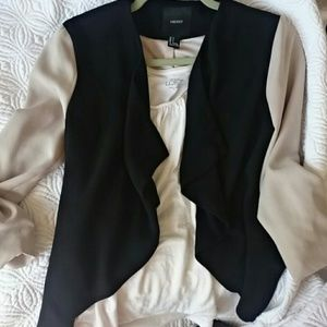 Forever 21 Cropped Color Block Black Tan Blazer S
