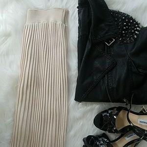 HostPickZara Knit Pleated Midi Skirt