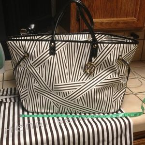 henri bendel Handbags - Authentic Henry Bendle  tote bag!
