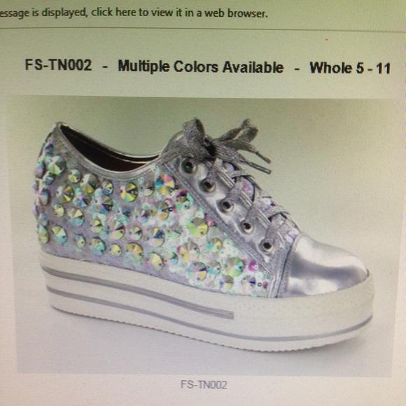 Helen's Heart Shoes - Beautiful Silver Bling low Tennis shoes
