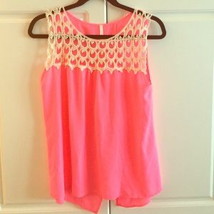 Sage Tops - NWOT hot pink and cream lace flowy top