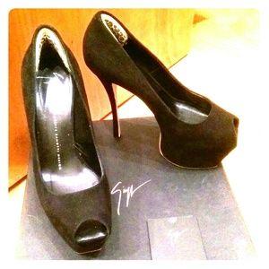 Giuseppe Zanotti Shoes - Black suede Giuseppe zanotti pumps