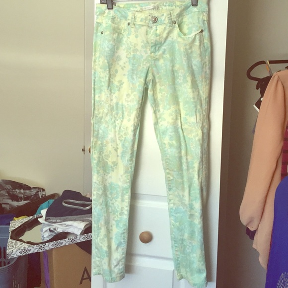 Lauren Conrad Pants - Floral skinnies